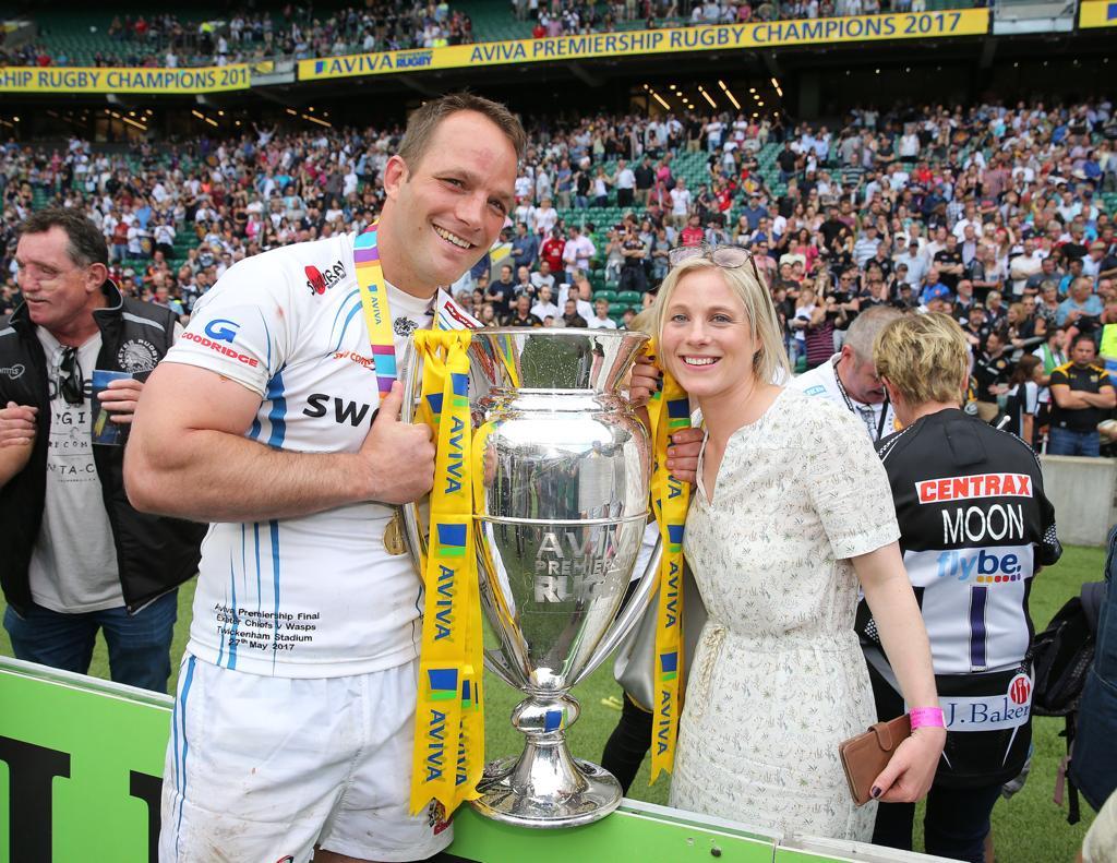 Kai and Caz Horstmann with Aviva Premiership trophy